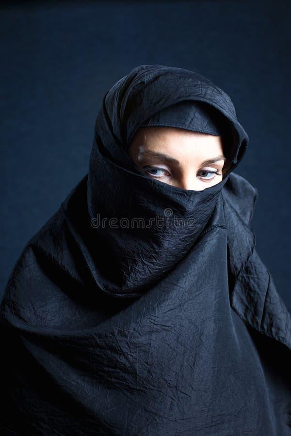 Mujer árabe foto de archivo