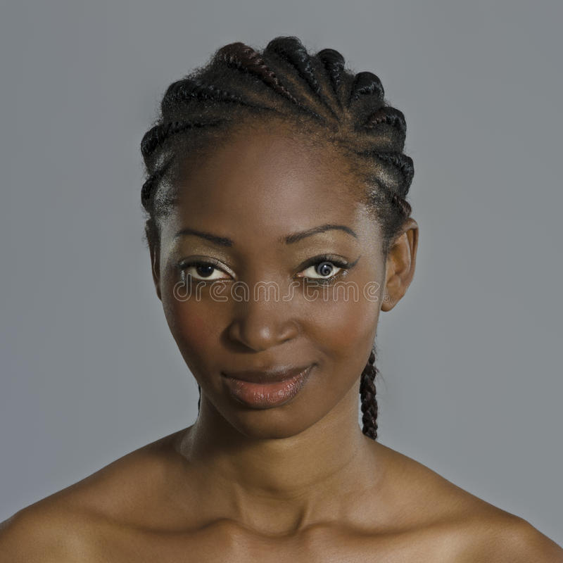 Mujer africana hermosa imagen de archivo