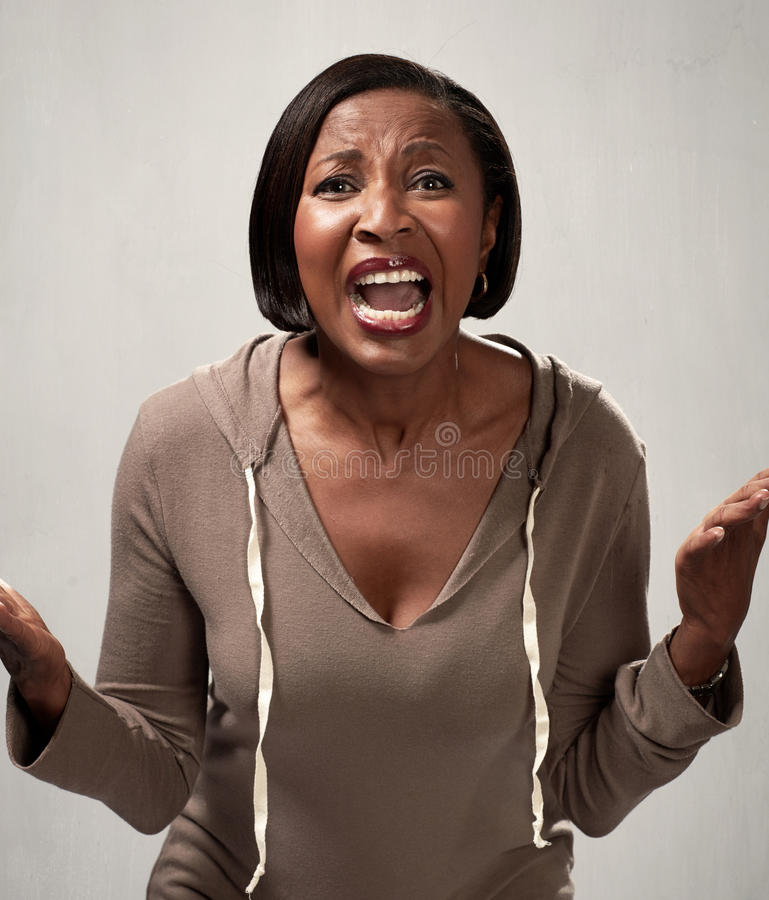 Mujer afroamericana enojada imágenes de archivo libres de regalías