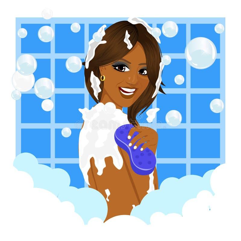 Mujer afroamericana que toma un baño con espuma de la esponja y de la burbuja ilustración del vector