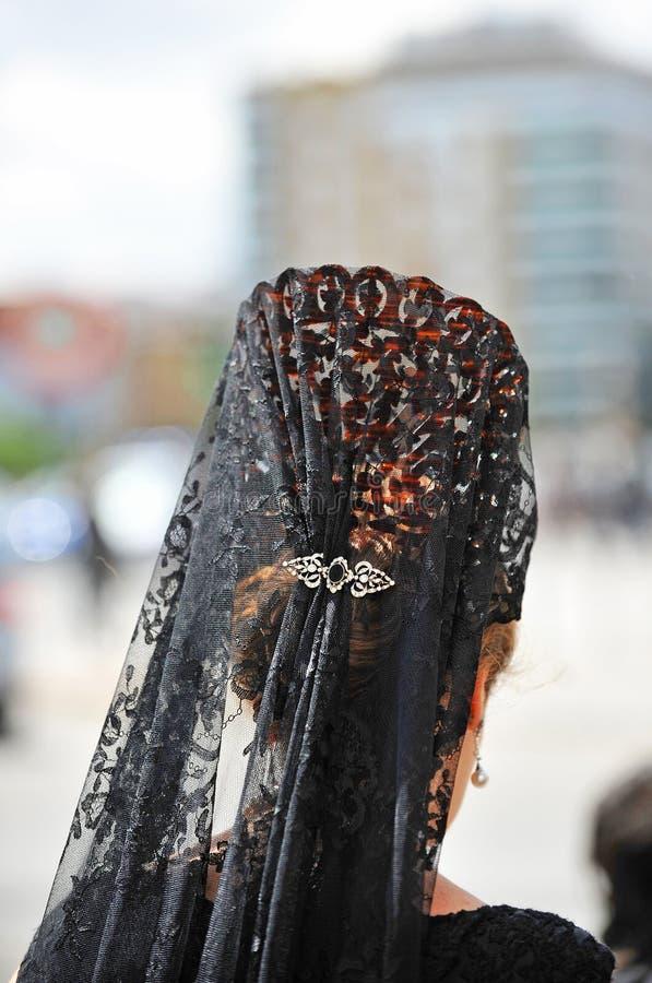 Mujer andaluz con mantilla y peine trasero, semana santa en Sevilla, Andalucía, España fotografía de archivo libre de regalías