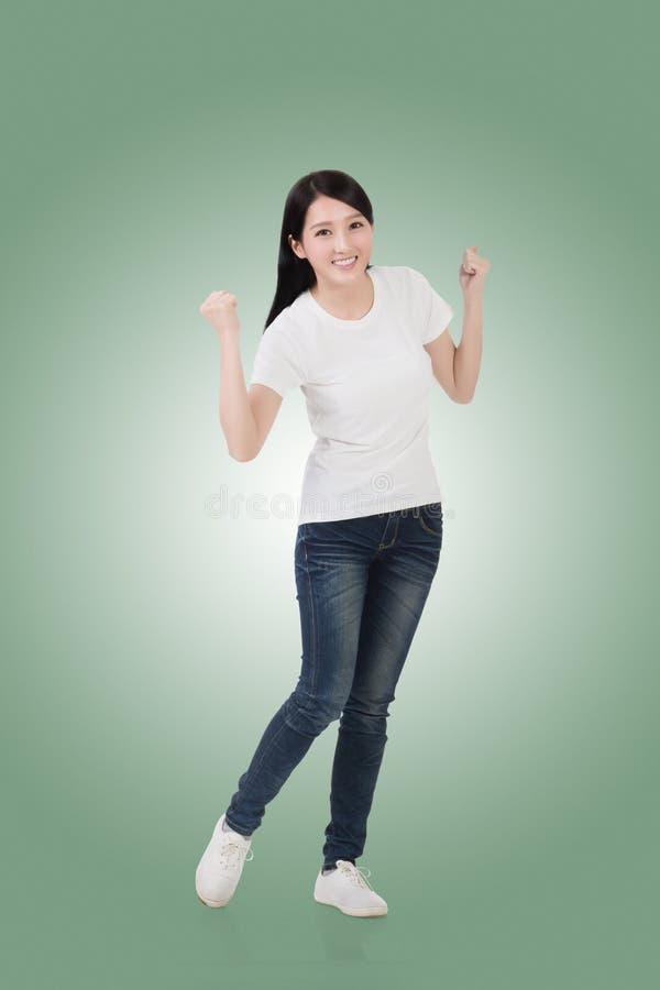 Mujer asiática alegre imagen de archivo libre de regalías
