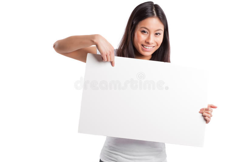Mujer asiática con el cartel en blanco fotos de archivo