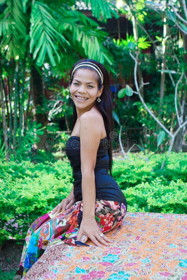 Mujer asiática feliz. imagen de archivo libre de regalías