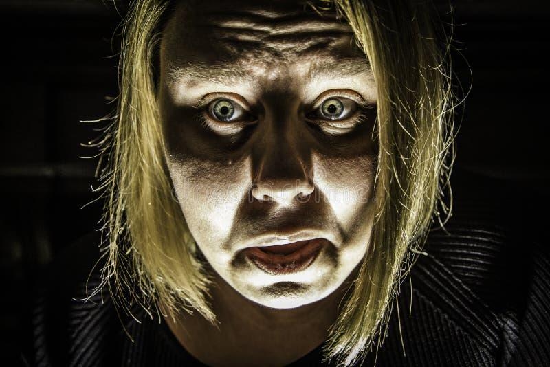 Mujer asustada 2 imágenes de archivo libres de regalías