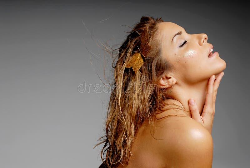 Mujer atractiva del latino imagen de archivo