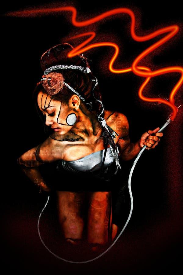 Mujer atractiva hermosa del Cyborg con la cuerda eléctrica imagen de archivo