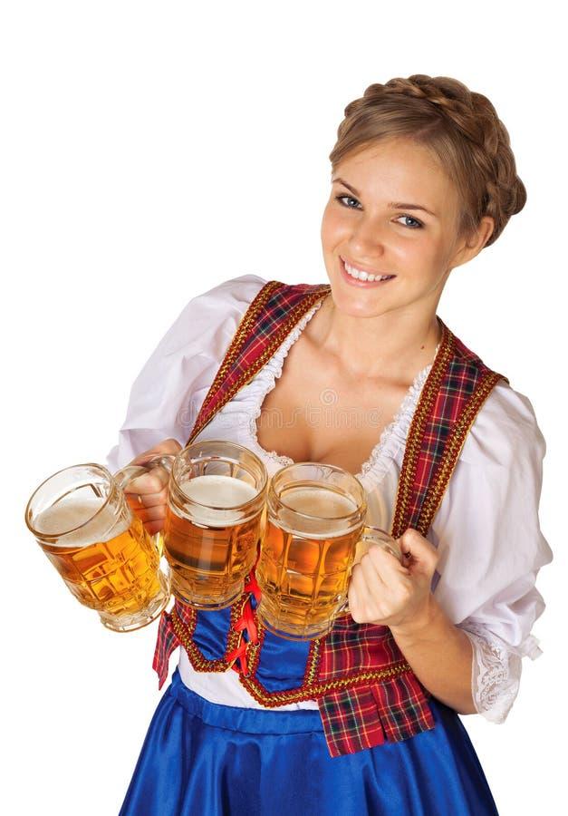 Mujer atractiva joven de Oktoberfest imagen de archivo libre de regalías