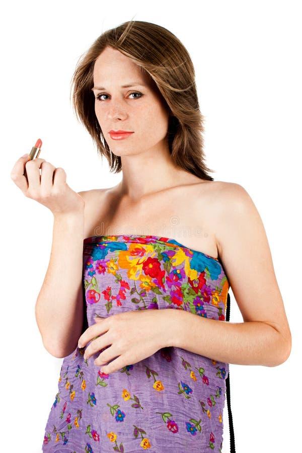 Mujer bonita con el lápiz labial imagenes de archivo