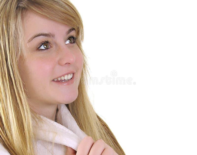 Mujer bonita que mira para arriba foto de archivo libre de regalías