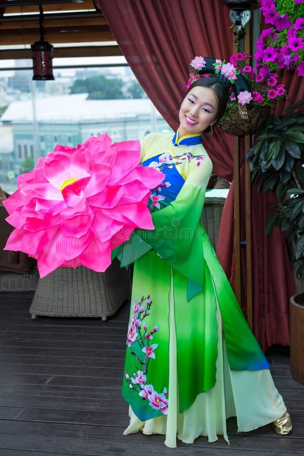 Mujer china imágenes de archivo libres de regalías
