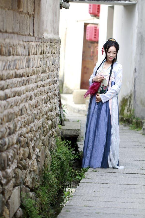 Mujer china asiática en la belleza tradicional de Œclassic del ¼ del dressï de Hanfu en Chin foto de archivo