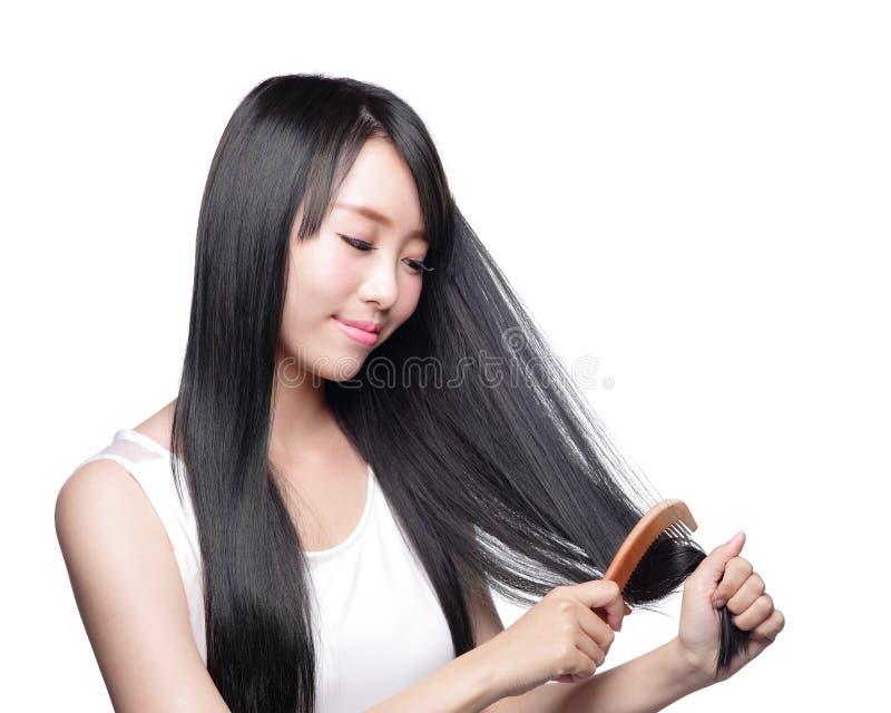 Mujer con cuidado del cabello de la salud imagen de archivo