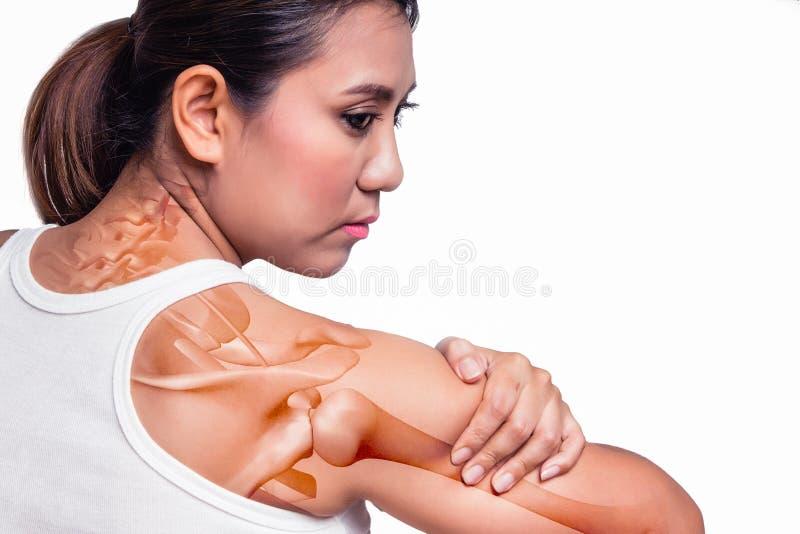 Mujer con dolor del hombro fotografía de archivo