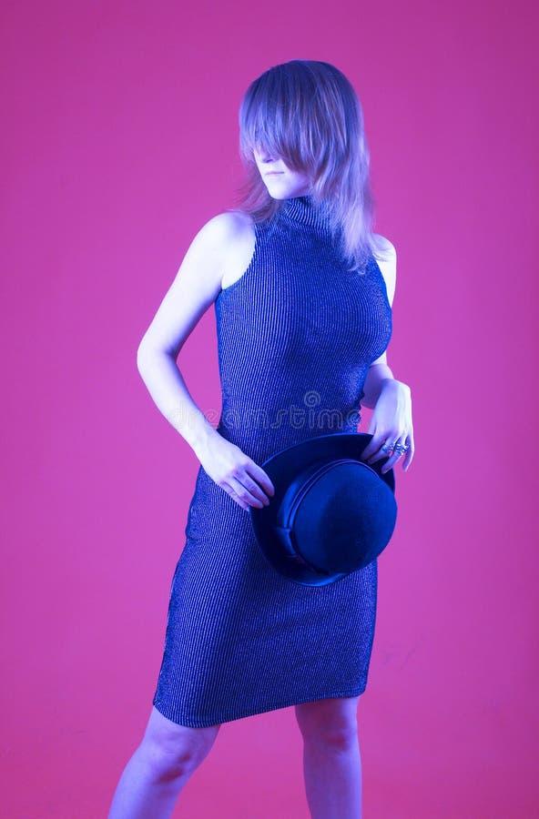 Mujer con el hongo - 2 fotografía de archivo