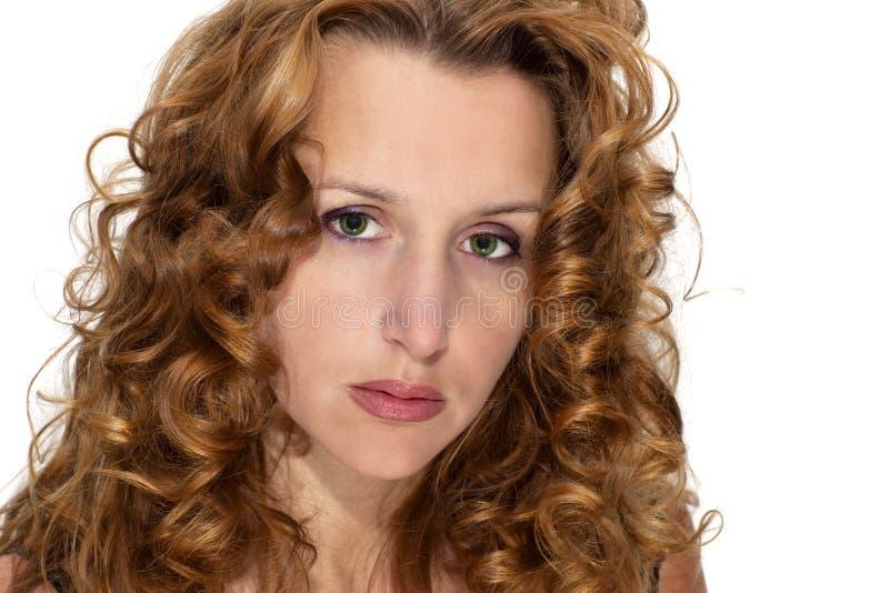 Mujer con el pelo rojo imágenes de archivo libres de regalías