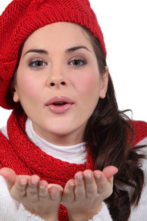 Mujer con el sombrero rojo fotografía de archivo