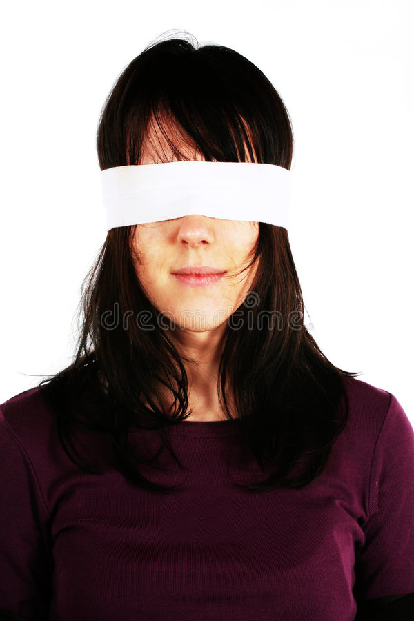 Mujer con los ojos vendados - censura imagenes de archivo