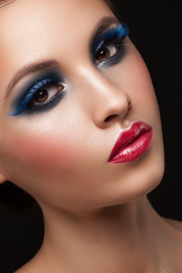 Mujer con maquillaje fotos de archivo libres de regalías