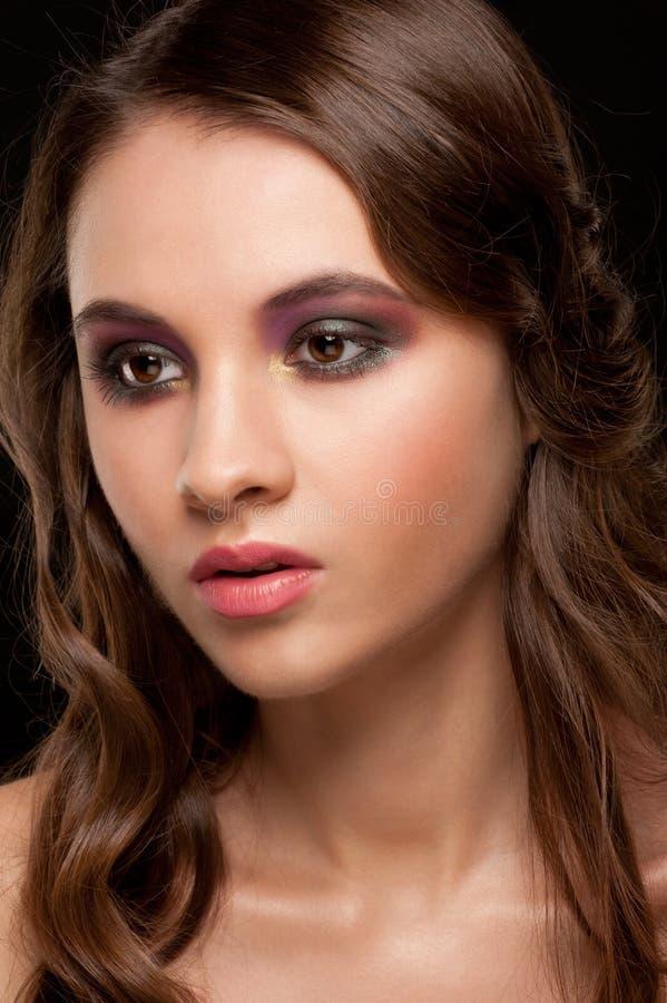 Mujer con maquillaje brillante imágenes de archivo libres de regalías