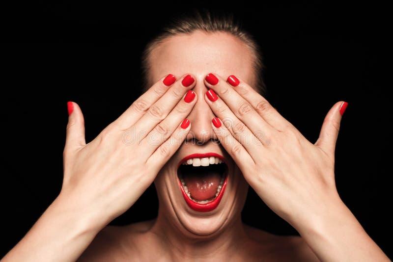 Mujer de griterío imagen de archivo