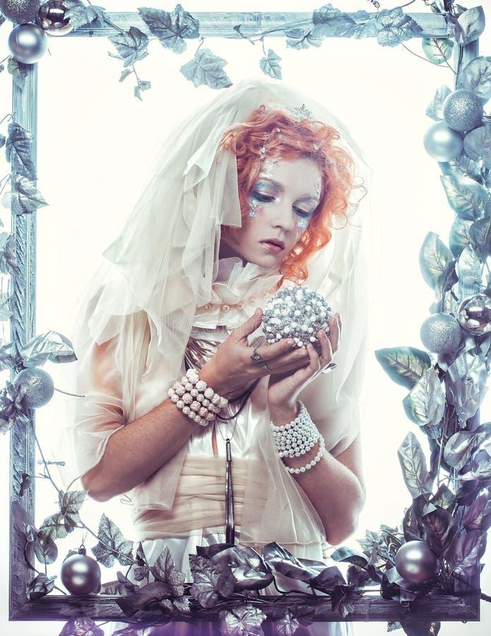 Mujer de la belleza del invierno Maquillaje del día de fiesta fotografía de archivo