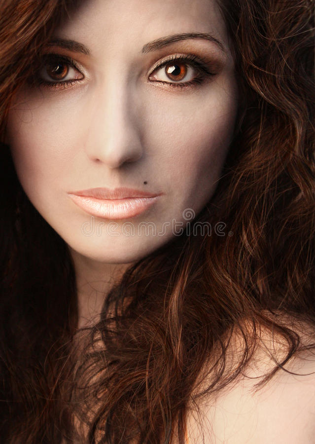 Mujer de la belleza del retrato fotos de archivo