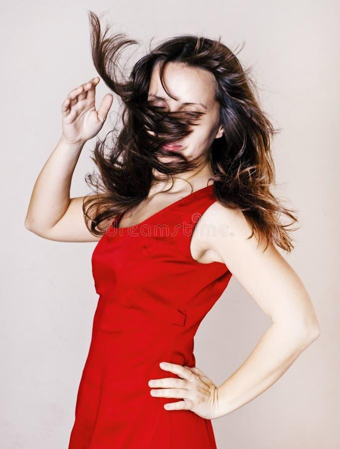 Mujer De La Belleza En Alineada Roja Fotos de archivo libres de regalías