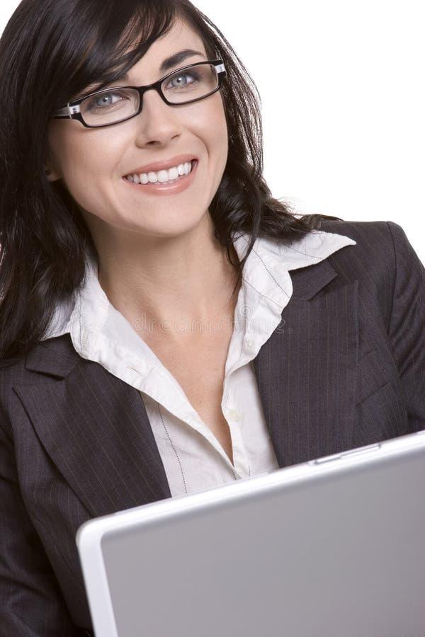 Mujer de la computadora portátil del asunto fotografía de archivo