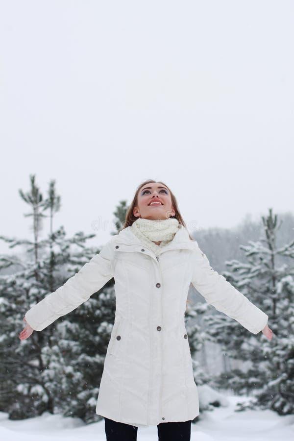 Mujer de la Navidad Girl.Winter foto de archivo libre de regalías