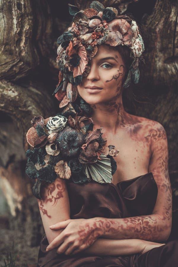 Mujer de la ninfa imagenes de archivo