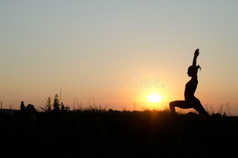 Mujer de la yoga. foto de archivo
