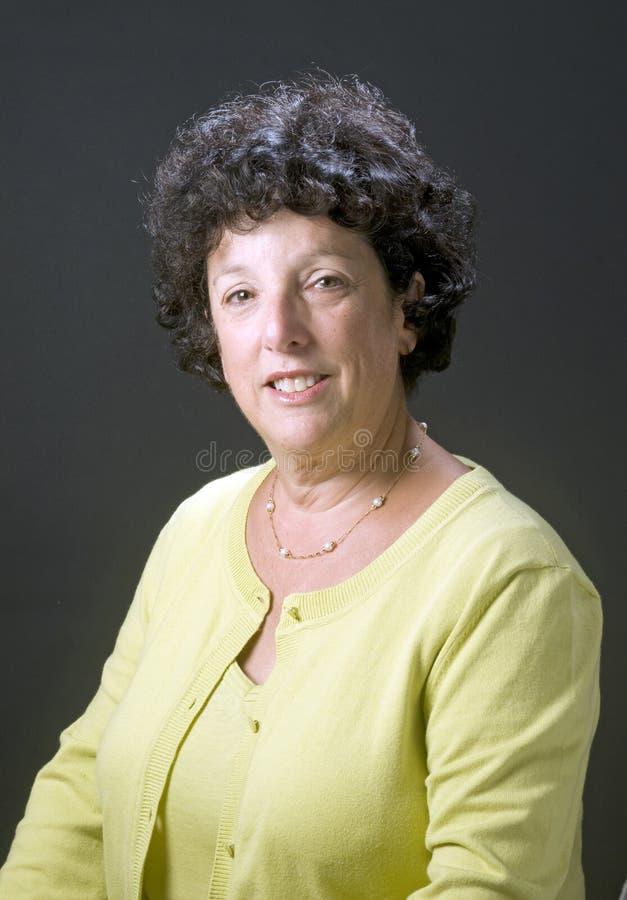 Mujer de los businees del ejecutivo 'senior' fotos de archivo