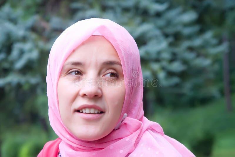 Mujer de los musulmanes del Islam fotos de archivo