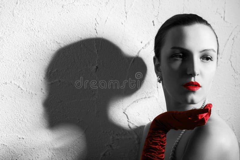 Mujer de lujo joven foto de archivo