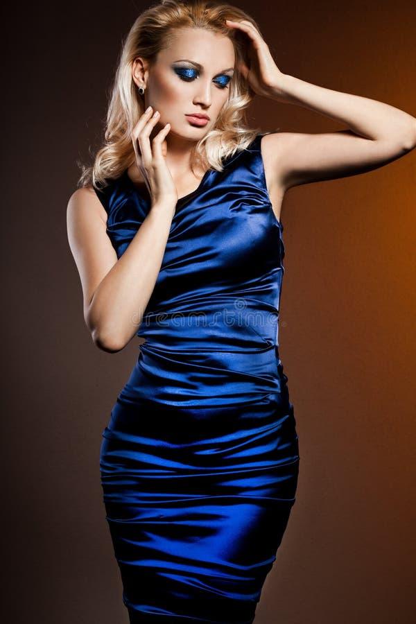 Mujer de moda elegante fotos de archivo libres de regalías