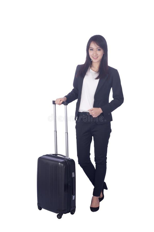 Mujer de negocios asiática confiada, retrato del primer en el backgr blanco fotos de archivo