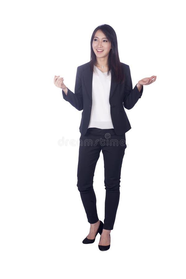 Mujer de negocios asiática confiada, retrato del primer en el backgr blanco imagen de archivo libre de regalías
