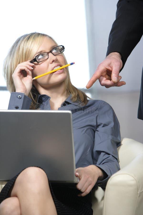 Mujer de negocios atractiva imagen de archivo
