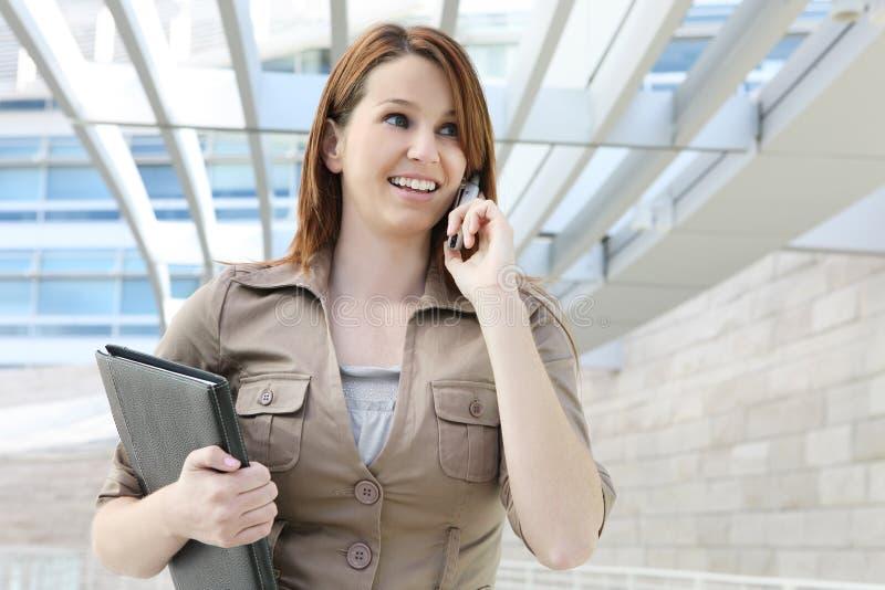Download Mujer de negocios bonita imagen de archivo. Imagen de corporativo - 7277435