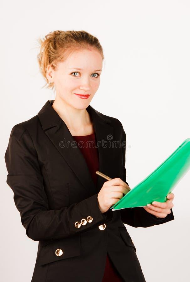 Mujer de negocios con la carpeta de documentos fotos de archivo libres de regalías
