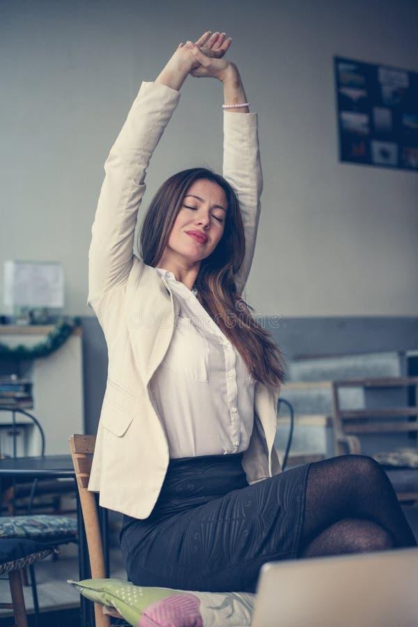 Mujer de negocios joven fotos de archivo
