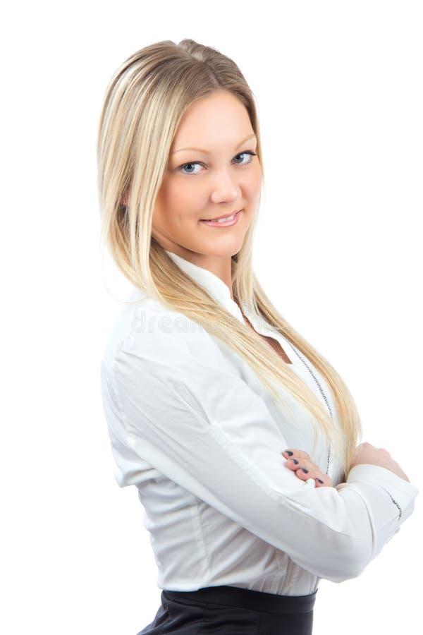 Mujer de negocios joven que sonríe en paño ocasional fotografía de archivo