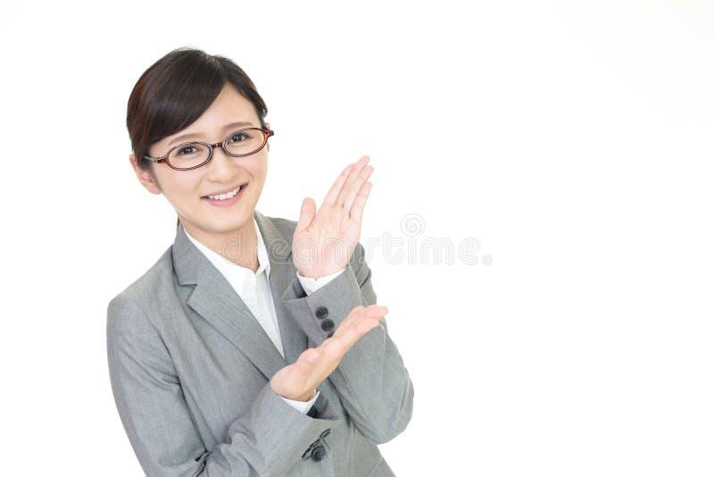 Mujer de negocios sonriente fotos de archivo libres de regalías