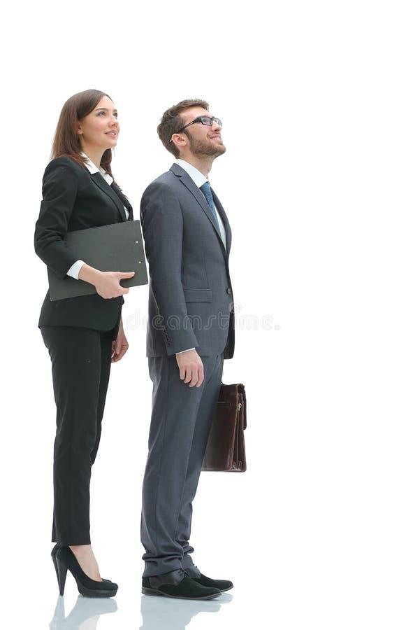 Mujer de negocios y hombre de negocios sonrientes jovenes imagenes de archivo