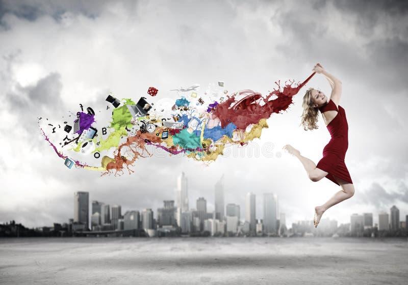 Mujer de salto fotos de archivo libres de regalías