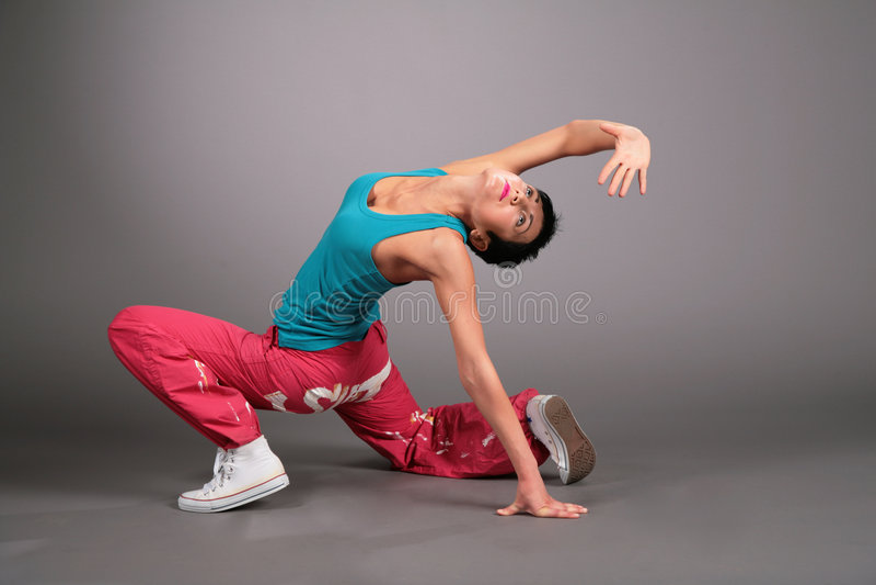 Mujer del baile en actitudes de la ropa de deportes imágenes de archivo libres de regalías