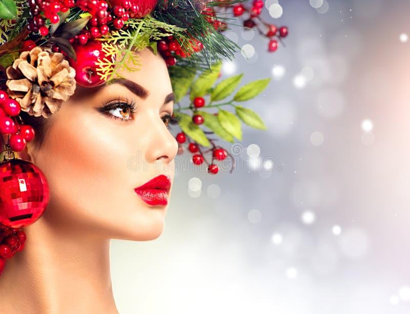 Mujer del modelo de moda de la Navidad fotografía de archivo