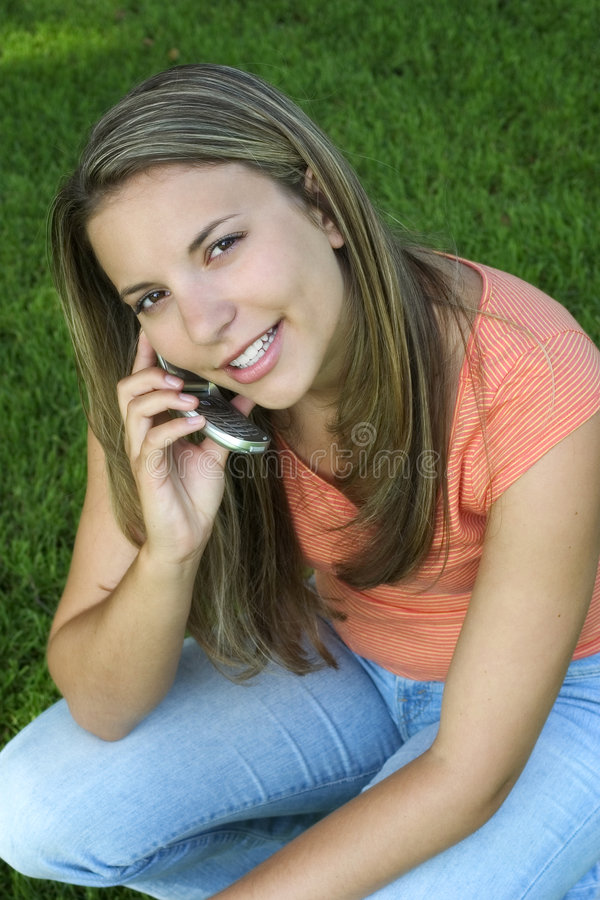 Download Mujer del teléfono foto de archivo. Imagen de muchacha - 176712