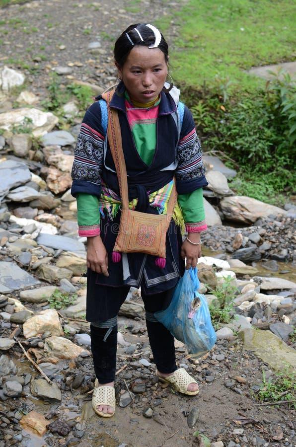 Mujer del vietnamita de la minoría foto de archivo